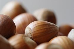Nüsse in der Salami? © Flickr/ steffenz
