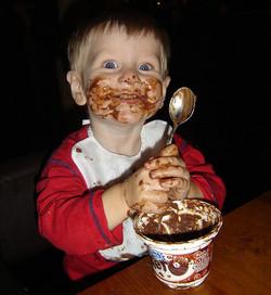 Schokolade Kind © Flickr / Rudoni Productions